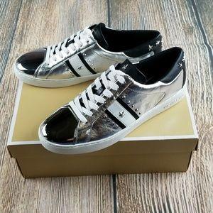 *NIB* MICHAEL kORS Silver Glam Sneakers sz 9.5